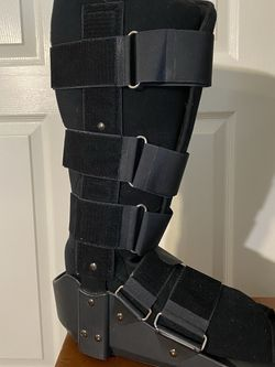 Leg/ankle Orthopedic Boot for Sale in Palm Harbor,  FL