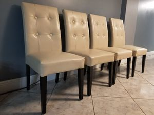 4 chairs for dinning table for Sale in North Miami Beach, FL