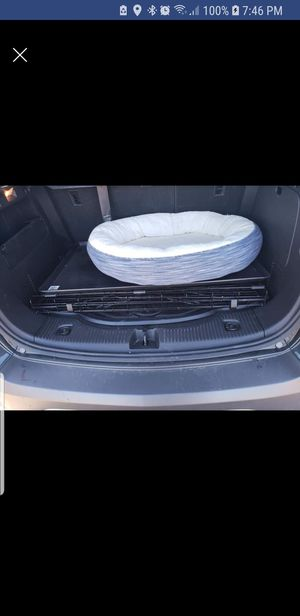 Ex lg.dog.crate and brand new bed for Sale in Severn, MD
