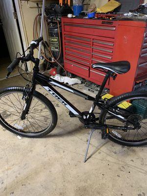 24 in trek Mountain bike seven speed for Sale in Plantation, FL