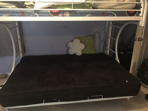 Girly bunk bed full/twin and Futon both include mattress for Sale in Mableton, GA