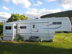 37FT 2000 Cardinal 36LX 5th Wheel Sale! OBO! for Sale in Missoula, MT