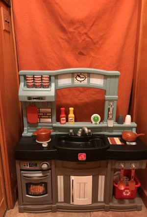 Step2 Best Chef's Toy Kitchen Playset for Sale in Missoula, MT
