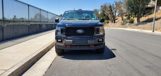 2016 FORD F- 150 SINGLE CAB! 5.0 V8 4X4!! RARE ( SALVAGE TITLE ) for Sale in San Fernando, CA