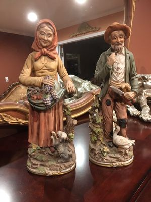 Beautiful statue collectible items for Sale in Troy, MI