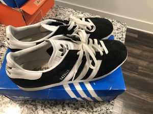 Adidas sz 12 for Sale in Chamblee, GA
