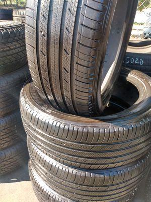 SET TIRES MICHELIN 235/55R20 $200 CASH for Sale in Pico Rivera, CA