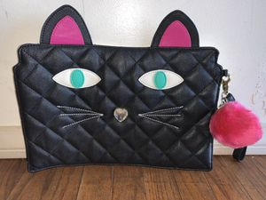 Betsy Johnson cat purse/handbag/wristlet for Sale in Chula Vista, CA