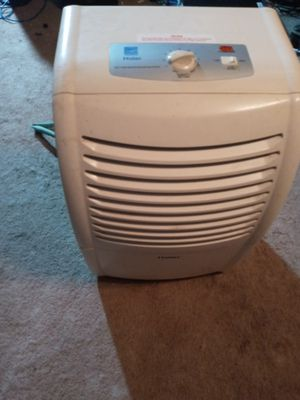 Haier Dehumidifier for Sale in Fort Washington, MD