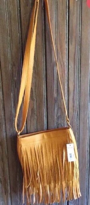 Gold Fringe Crossbody Purse NEW! for Sale in Lebanon, TN