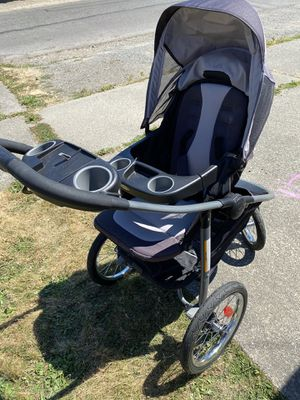 Graco click connect jogging stroller for Sale in Tacoma, WA