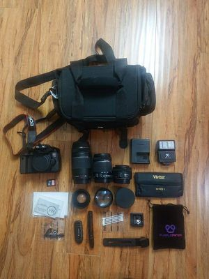 Canon t6i dslr camera with 3 lenses and accessories for sale for Sale in Los Angeles, CA