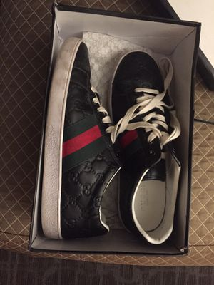 Gucci men shoes size 9.5 for Sale in Kirkland, WA
