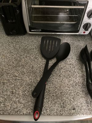 Black Spatula and Serving Spoon for Sale in Ithaca, NY