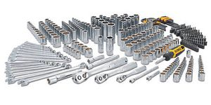 341 Piece Mechanics Tool Set for Sale in Reedley, CA