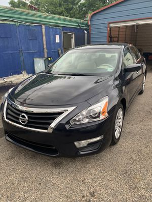 2015 Nissan Altima for Sale in Philadelphia, PA