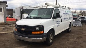 2007 Chevy express cargo van 200k miles for Sale in Lincolnia, VA
