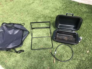 RVQ grill for Sale in Kingsburg, CA