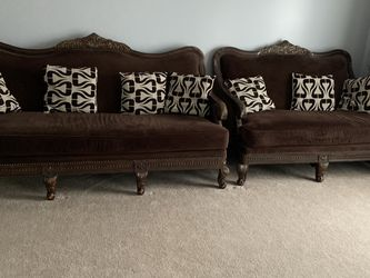 1 velvet sofa and 1 velvet love seat with pillows for Sale in St. Louis,  MO