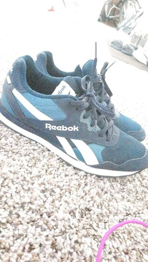 Reebok classic size 8 PRICE NEGOTIABLE for Sale in Denver, CO
