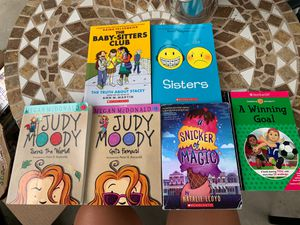 young teen favorite books bundle for Sale in Turlock, CA