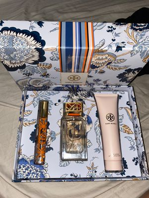 Brand new Tory Burch perfume for Sale in Cudahy, CA