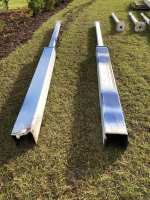 Heavy duty metal post. 14 feet long. Thick 3/8 inch construction. 2 post for 150 hablo español puedo hacer el delivery en Sebring .Avon Park Wauchula for Sale in Avon Park, FL