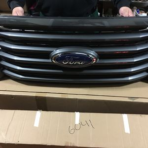 Ford F150 (oem Grille) for Sale in Tukwila, WA