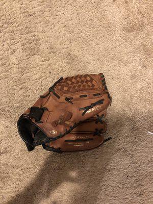Mizuno baseball glove for Sale in East Hampton, CT