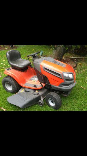 Lawn mower tractor for Sale in Miami, FL
