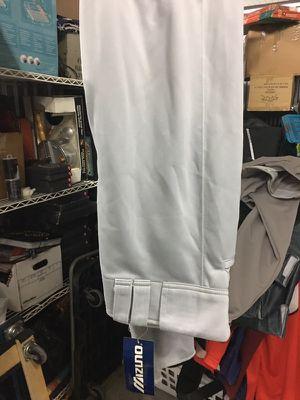 New mizuno baseball pants medium for Sale in Chicago, IL
