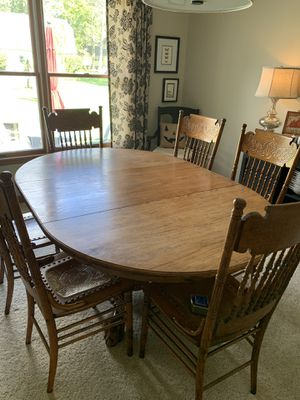 Oak antique dining room set w/6 chairs for Sale in Hamburg, NY