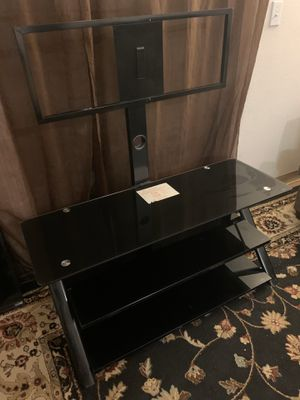 Black TV stand with swivel mount for Sale in Santa Fe, NM