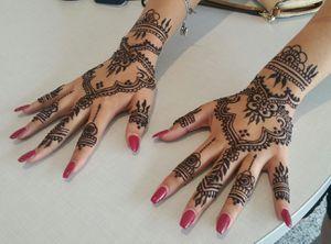 Henna mehndi tattoo designs artist body art for Sale in Houston, TX