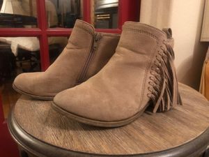 Rampage girls size 1 boots for Sale in Albuquerque, NM