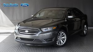 2018 Ford Taurus for Sale in Carlsbad, CA