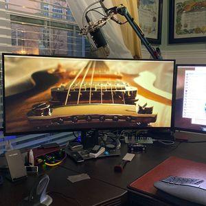 Dell UltraSharp U3818DW 38 Inch Wide screen for Sale in Glen Burnie, MD