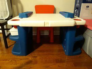 Kids desk for Sale in Edison, NJ