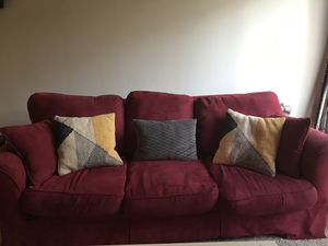 Red Couch for Sale in Mountlake Terrace, WA