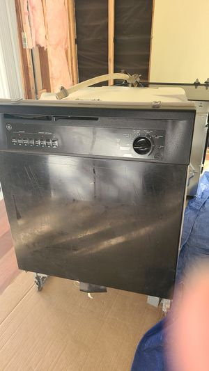 Electric oven stove plus dishes washer for Sale in Bakersfield, CA
