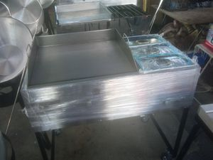 Taco grill 20x24 with3 warmers 390 for Sale in Las Vegas, NV