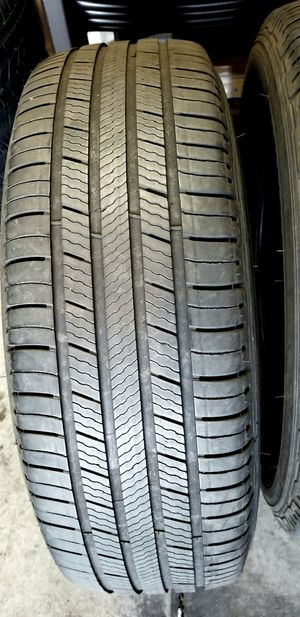 Michelin Premiere tires 225/65r17 for Sale in Phoenix, AZ