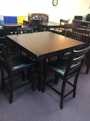 Counter height pub dining set - mahogany finish for Sale in West Columbia, SC