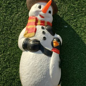Vintage BLOWMOLD Christmas Lawn Decor Blow Mold Frosty Snowman TPI 2001 Plastic for Sale in Hacienda Heights, CA