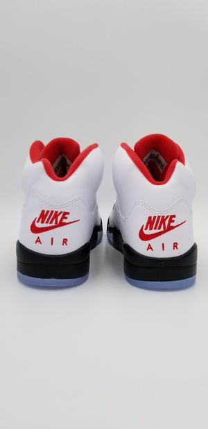 """Nike Air Jordan 5 V """"Fire Red"""" 2020🔸️ silver 3M reflective tongue ➡️ Size 9.5 ✅ brand new Authentic, DS 🔸️AJ 5 V 🔥🔥 for Sale in Irvine, CA"""