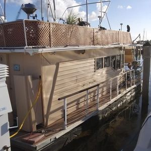 HOUSE BOAT FOR SALE for Sale in Miami, FL