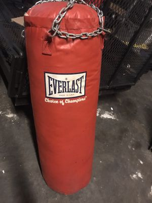 100lb Punching bag for Sale in Forest Park, GA