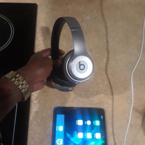 beats by Dre wireless solo 3 for Sale in Aurora, CO