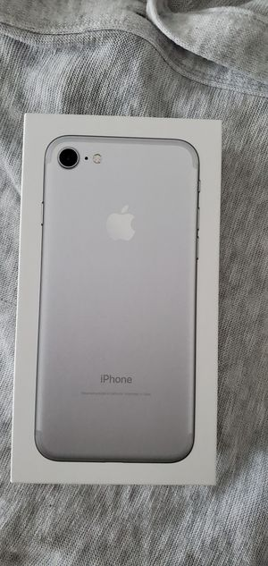 iPhone 7 iCloud unlocked carrier unlocked for Sale in Washington, DC