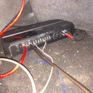 Kenwood Amplifier With 2 Subs And A Wiring Kit for Sale in Carlsbad, CA